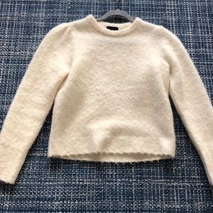 Cream soft yarn puff shoulder sweater
